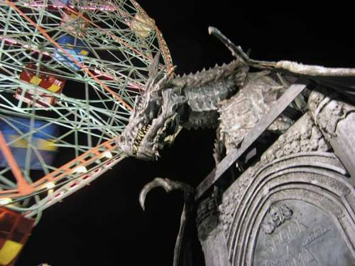 Haunted house dragon in front of the Deno Wonder Wheel. August 2013. Photo by Michele Witchipoo.
