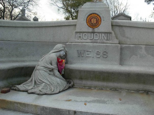 Photo taken Nov. 2009. Machpelah Cemetery, final resting place for Harry Houdini. Photo by Michele Witchipoo.