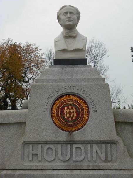Photo dated 2009. Replica of Harry Houdini bust at his burial site for the annual Broken Wand ceremony.